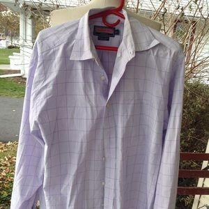 Mens Vineyard Vines dress shirt.